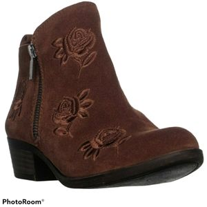 Lucky Brand Basel 5 Ankle Booties